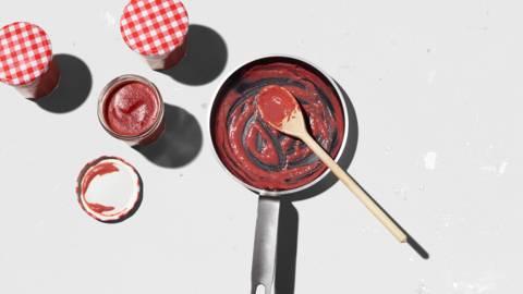 Confettura di lamponi al chili