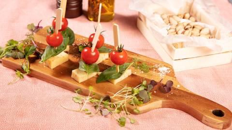 Stick al formaggio e pomodoro