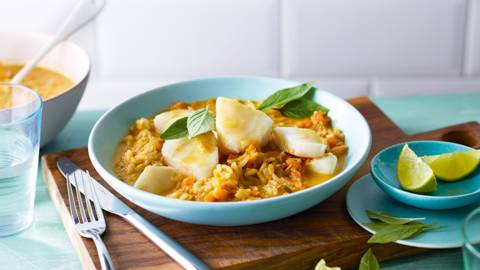 Curry di pesce asiatico