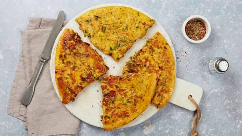 Omelette con peperoni e halloumi
