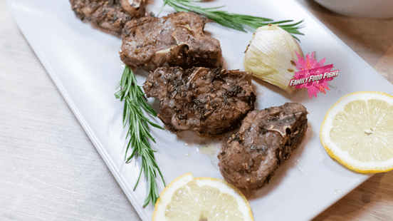 Family Food Fight: Costolette di agnello alle erbe marinate
