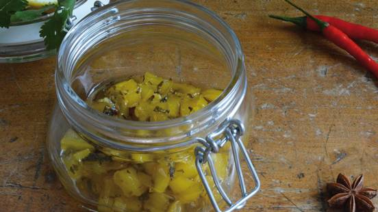 Chutney di mangoe peperoncino