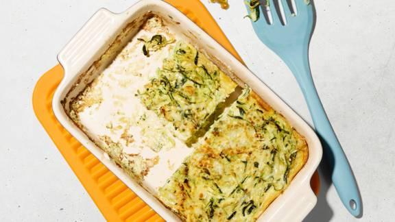 Frittata di zucchine e crostini di pane