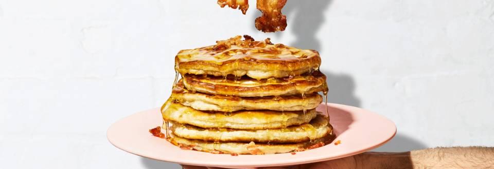 Pancake alle banane con pancetta