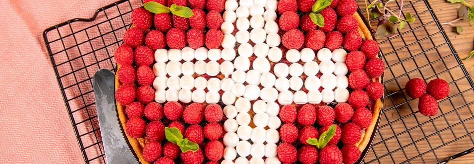 Dolce del 1° agosto ai frutti di bosco con meringa