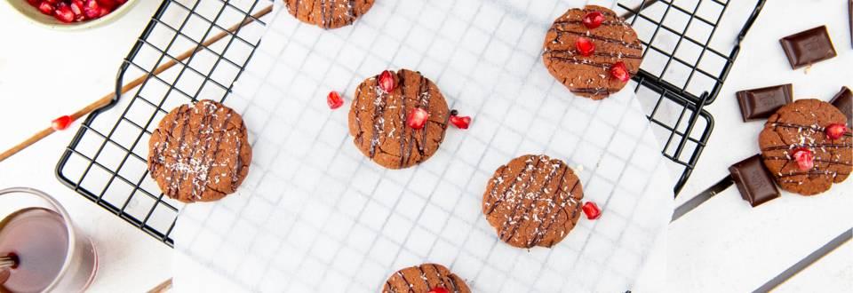 Biscotti proteici vegetariani guarniti