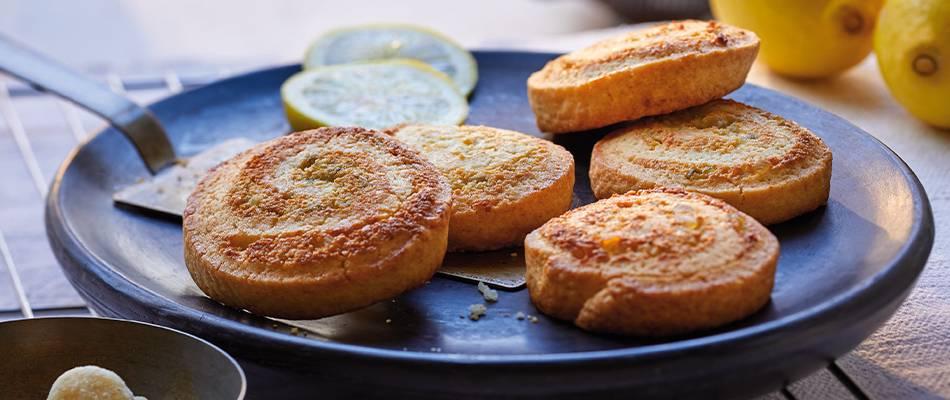 Dolcetti a forma di lumaca con limone e macadamia
